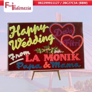 jual bunga papan happy wedding di batam | https://www.floristindonesia.florist/