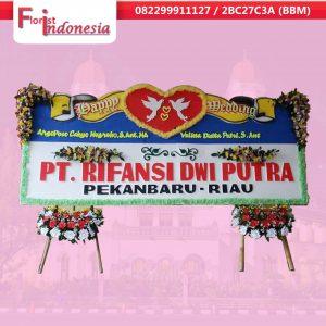 toko bunga papan happy wedding di semarang | https://www.floristindonesia.florist/