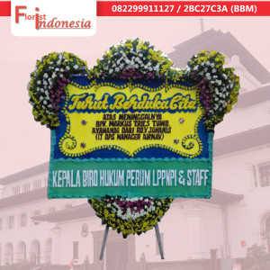 toko bunga papan happy wedding di bandung |  https://www.floristindonesia.florist/
