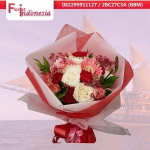 beli bunga handbouquet di makassar     https://www.floristindonesia.florist/