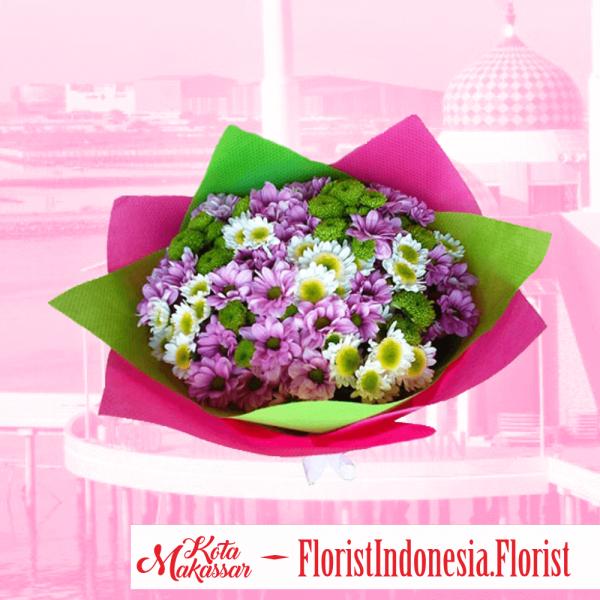 Hand Bouquet Bunga Aster Putih Dan Bunga Aster Merah Makassar