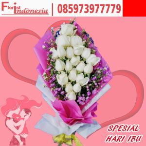 handbouquet mawar hari ibu